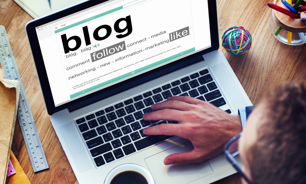 Tenir un blog professionnel pour multiplier les contacts